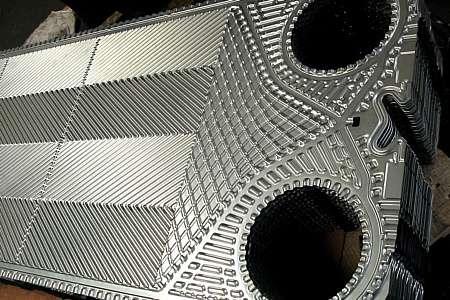 Кожухотрубный испаритель Alfa Laval DXS 18 Тюмень Полуразборный паяный теплообменник Машимпэкс (GEA) GGS-DG240 Самара